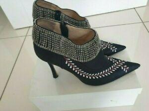 Genuine Manolo Blahnik Floral Black Shoes EUR 40 UK 7