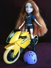 "©2009 MGA Bratz Girlz ""Me & My Cycle"" Vinyl 10"" Doll"