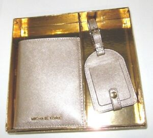 Michael Kors Boxed Gift Set Passport Case & Luggage Tag Pale Gold Leather