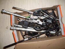Tornillos + piezas pequeñas i honda cb600f Hornet pc41 07 08