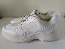 Wild Fable Women's Running/Tennis Shoes Sneakers - Size 9 - Great Condition