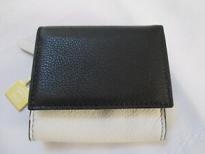 """NWT FOSSIL """"SOFIA"""" BLACK & WHITE RFID PROTECTED LEATHER MINI WALLET RETAILS $50."""