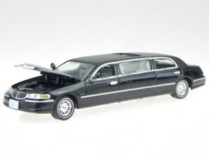 Lincoln Town Car 2000 black modelcar 36311 Vitesse 1:43