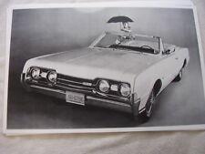 1967  OLDSMOBILE CUTLAS 442 CONVERTIBLE     11 X 17  PHOTO  PICTURE