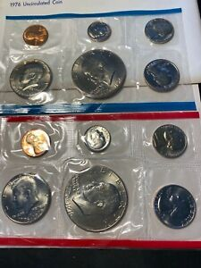 1976 U.S. MINT SET TWO DOLLAR COINS TOTAL 12!