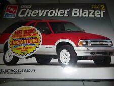AMT 8978 1995 CHEVROLET BLAZER FS MODEL CAR MOUNTAIN KIT 1/25