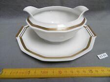 saucière sur dormant en porcelaine de Limoges blanche et or (réf AI84)