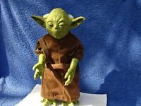 Hasbro Star Wars: YODA Action Figure 2005- Amazing Sublime Piece