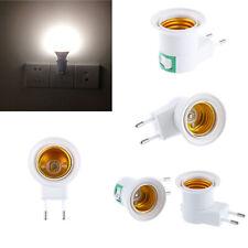 E27 Light Socket To EU Plug Holder Adapter Converter NEU. For Bulb ON/OFF X O0P8
