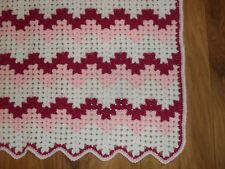 Crochet baby ric-rac blanket in white/pink acrylic yarn