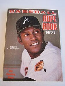 5 1970'S OFFICIAL BASEBALL DOPE BOOK MANUALS - 1971, 1972, 1974, 1976,'77 TUB RS