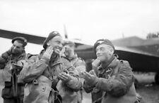 6x4 Photo ww10DE Normandy Para GBCA 6th Air Div 5th June RAF Harwell Camouflage