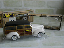 1/25 SCALE HERTZ DIECAST METAL 1940 FORD WOODY WAGON WITH SURFBOARD