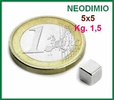 10 Pezzi NEODIMIO MAGNETE CUBO 5x5 mm. 1,5 KG. N 42 CALAMITA CALAMITE MAGNETI