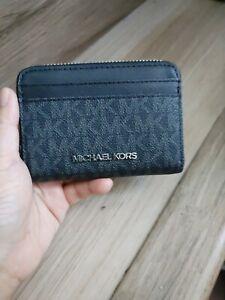 NEW Michael Kors Black Jetset Travel Logo Leather MD Zip Around Card Wallet $148