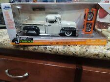 New ListingJada Just Trucks 1951 Chevy 3100 Pickup Truck w/Tire Rack 1:24 Scale Diecast
