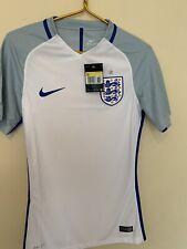 england football Club 2016  nike dri-fit whiteshort Sleeves shirt Size Small