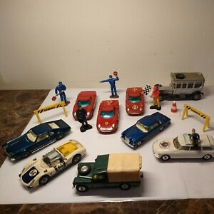 vintage corgi diecast toy 1960s lot of 8 land Rover 109 WB Mercedes Ferrari ect
