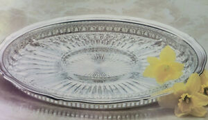 Unused Oneida oval chippendale silverplate tray with glass insert [8 663 1005LA]