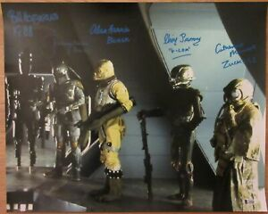 Star Wars Bounty Hunters Signed by 5 Jeremy Bulloch - 16X20 Photo - Beckett BAS