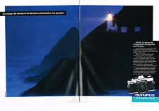 PUBLICITE ADVERTISING  1983   OLYMPUS  appareil photo ( 2 pages) OM-20