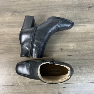 Prima Royale Womens Ankle Black Boots Heels Pump Size 9 M