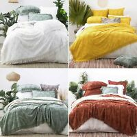 Park Avenue Medallion Cotton Vintage Washed Tufted Coverlet Set Queen King Size