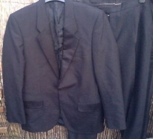 Moss Bross Men's Suit Jacket With Matching Trousers Satin detailing.