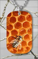 BEE HONEYCOMB PANEL INSECT LIFE DOG TAG NECKLACE PENDANT FREE CHAIN -hug5Z