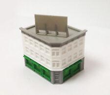 Outland Models Modelleisenbahn Miniatur Klassische Stadt Ecke Shop Spur Z 1:220