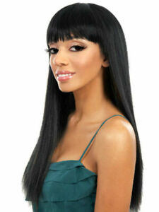 100% Human Hair Long Black Wigs Women's Layered Straight Wigs With Blunt Bangs