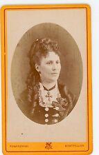 PHOTO CDV Romanowski Montpellier une femme pose mode fashion coiffure 1880