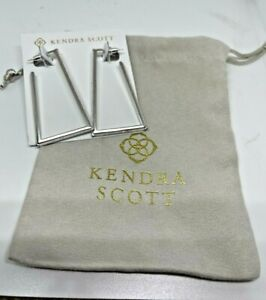NWT Kendra Scott Easton Hoop Earring White Kyocera Simulated Opal MSRP $98