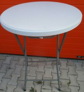 Ein Large Round BAR Table With White Plastic Plate