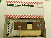 HO Scale  McKean  Master series 40' PS-1 Chicago & Northwestern  CNW  106882