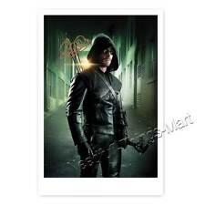 Stephen Amell come Oliver Queen in ARROW (Stagione II) - Autografo carta fotografica [k1]