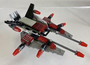 Kre-O Create It Battleship 38975 Air Assault Red Black Alien Jet 2012 Hasbro