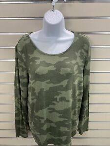 OLD NAVY Women's Size M Green Camouflage Thin Knit Sweater Rounded  Hi Low hem