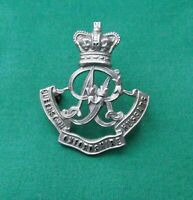 The Queen's Own Oxfordshire Hussars Yeomanry ~ British Army Military Cap Badge