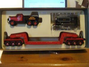 Corgi 31007 Annis & Co Diamond T & Girder Trailer with Locomotive, BNIB