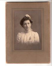 Cabinet photo St. Catherines Ont.Canada? beautiful young lady watch pin fashion