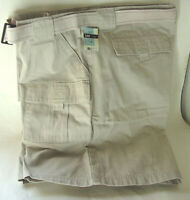 LEE Jeans Khaki Casual Shorts with Belt RELAXED FIT Mens size 40 NWT NEW