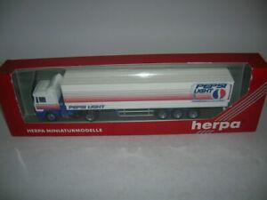 Herpa Man F2000 Europlanen-Sattelzug Pepsi Light 1:87 H0 Item 185684