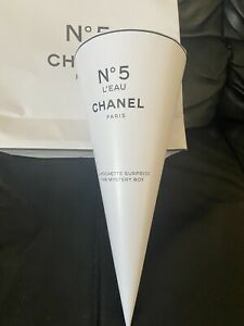 Chanel L'eau No 5 Limited Edition Mystery Pouch Box Factory 5
