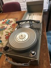 Vintage Newcomb Solid State EDT-20B 4-Speed Portable Suitcase Record Player