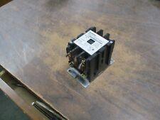 Siemens Lighting & Heating Contactor LEN00B003120A 20A 600V Used
