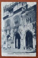Cartolina PIACENZA Palazzo Gotico Lato Destro  Anni '20  (viaggiata)       11/16