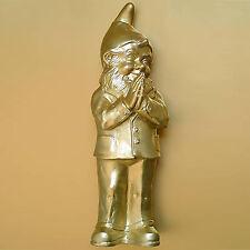 Ben (Betender Gartenzwerg / Praying garden gnome), Sculpture by Ottmar Hörl