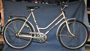 Original DDR Diamant Fahrrad Damenrad Oldtimer Selten Damenfahrrad 26 Zoll Weiß
