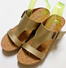 Pierre Dumas Fair-2 women's gold thong leather cork wedges sandals sz. 9